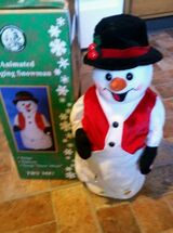 Animated Singing Snowman