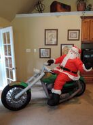 Gemmy inflatable realistic Santa on chopper