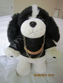 Gemmy animated dancing black and white dog COOL
