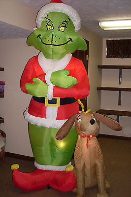 filegemmy inflatable grinch with maxjpg