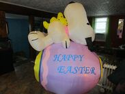 PEANUTS SNOOPY WOODSTOCK EASTER EGG AIRBLOWN INFLATABLE GEMMY 6 FT