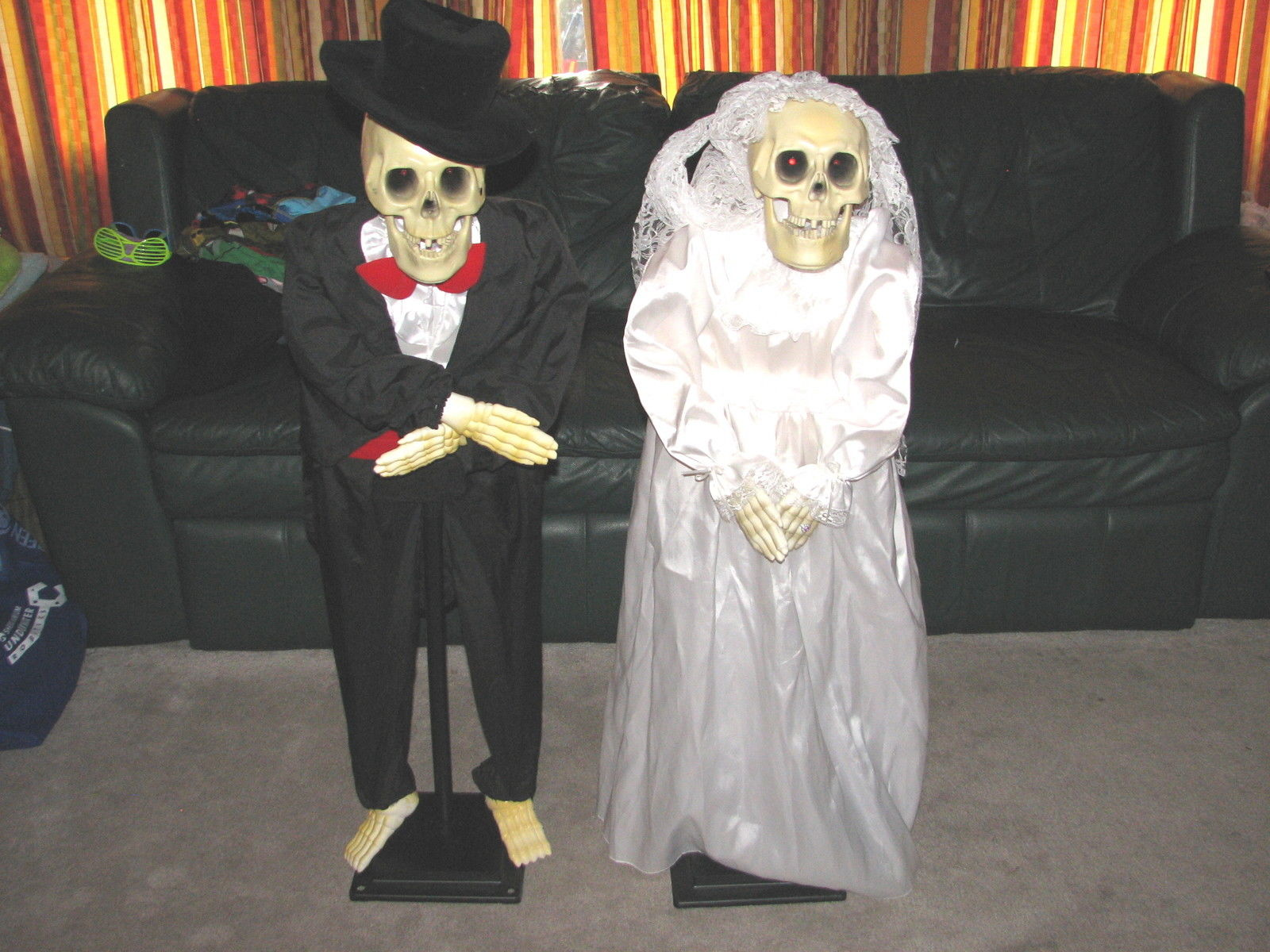 gemmy halloween animated sound activated talking skeleton bride groom work 02jpg - Www Gemmy Com Halloween