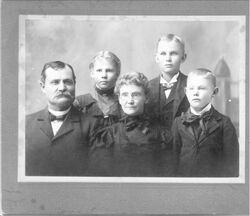 True family portrait2