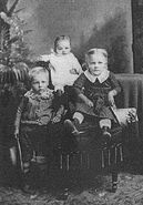 Image-Image-Ole Anderson (1852-1932) and wife and children