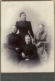 Frideborg Winblad (1869-1964) and three other teachers