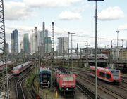 Hauptbahnhof-ffm-gleisfeld-014
