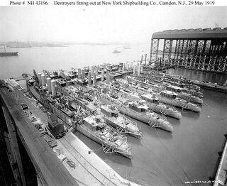 Camden Shipyard 1919