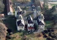 Girincs - Palace