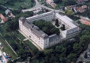 Zsámbék - Palace