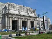 Facciata della Stazione Centrale di Milano By JW