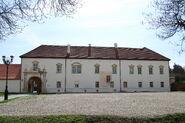 Palatul arhiepiscopal romano-catolic