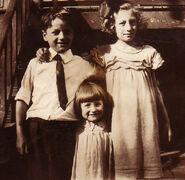 Richard Charles Freudenberg (1918-1994); Selma Louise Freudenberg (1921-2009); and Naida Muriel Freudenberg (1915-1998) circa 1923 most likely in Jersey City, New Jersey