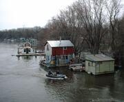 WinonaMNboathouses2006-05-09