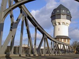 Darmstadt-Wasserturm-1