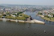 Koblenz im Buga-Jahr 2011 - Deutsches Eck 01