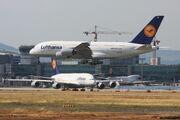 2010-07-21 A380 LH D-AIMB EDDF 06