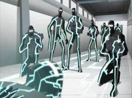 Robots de negro antes de explotar