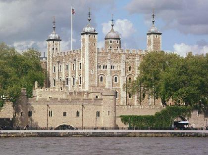 File:The tower of london.jpg