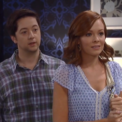 Ellie returns for Spinelli only to find out that he's back with Maxie