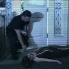 Jason finds Liz and takes her to the hospital