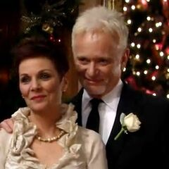 Luke weds Tracy Quartermaine