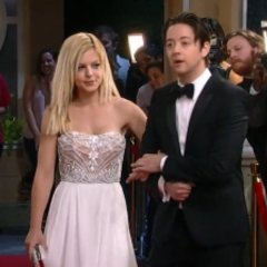 Maxie and Spinelli arrive on the red carpet
