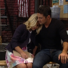 Maxie comforts Nathan