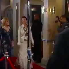 Monica and Tracy arrive on the red carpet