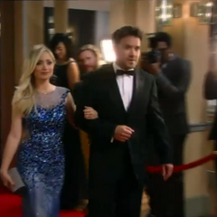 Lulu and Dante arrive on the red carpet