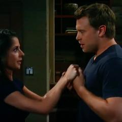 Sam tells Drew she's pregnant