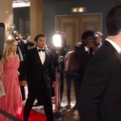 Dante and Lulu arrive on the red carpet (2014)