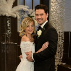 Nathan marries Maxie Jones