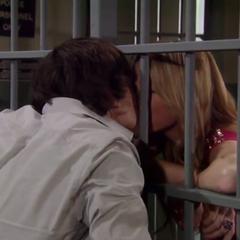 Lante jail kiss (2010)