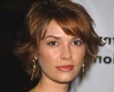 Lydia Karenin (J. Robin Miller)
