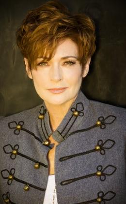 Carolyn Hennesy-2