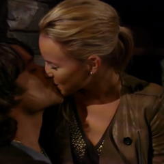 Lante kiss in the cabin in Ireland (2010)