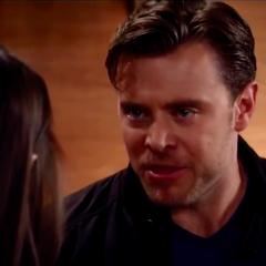 Jason defends Liz and cruelly kicks Sam out