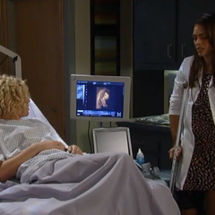 Maxie sees her daughter