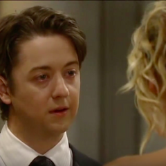 Spinelli professes his love to Maxie -- Spinelli calls off the wedding