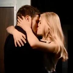 Vday kiss
