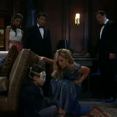 Valerie, Dante, Nikolas and Lulu try to convince Spencer to go to the Ball with no avail