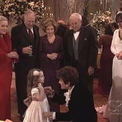 Christina reunites with family at the wedding