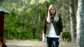 Claire+Holt+Vampire+Diaries+Season+3+Episode+8jWGHQzSqCfl