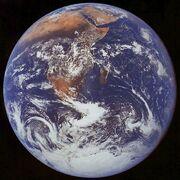 Apollo17 earth