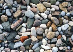 800px-Beach Stones 2