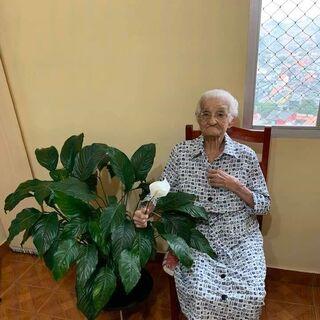 Alice Zuza at 112