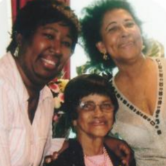 Irene Sinclair with her daughter and granddaughter