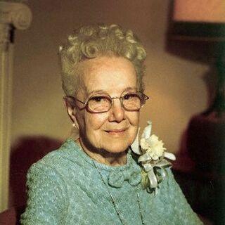 Sarah Knauss at age 100.