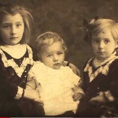 Schaaf as a child, with her siblings.