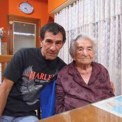 Benegas on her 107th birthday with her grandson Tomas Antonio Blanco.